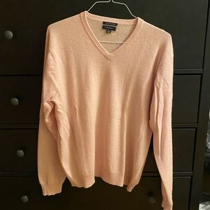 Club Room light punk cashmere sweater